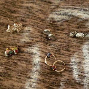 Bundle of cute earrings!!